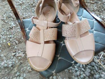 Личные вещи - Ивановка: Босоножки, сандалии, шлепанцы