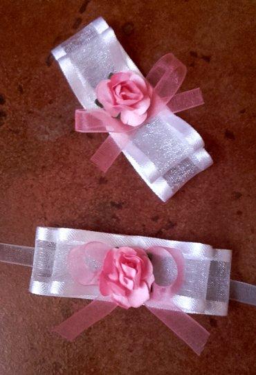 Cvetići za kićenje svatova u roze-beloj boji. Po želji isti model - Velika Plana