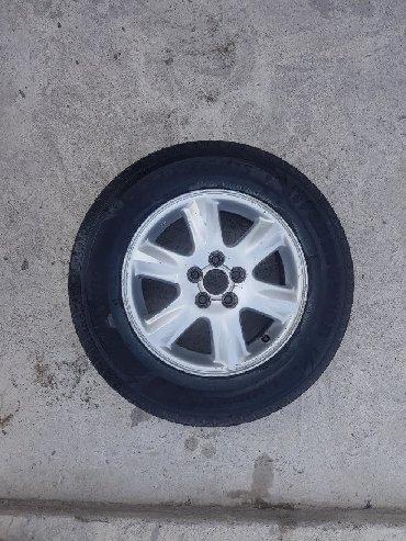 шины б у 13 радиус в Кыргызстан: Продаю диски R-15 на subaru forester родные или меняю на R-17 ( Без