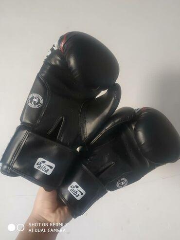 продажа аккаунтов в Кыргызстан: Продам боксерские перчатки в хорошем состоянии, одевал всего пару ра