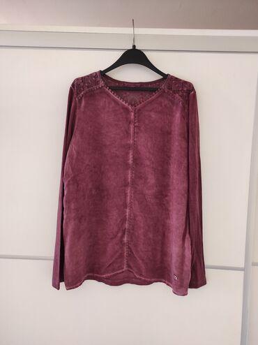 Bluza Lissa Tossa iz uvoza. Poluobim grudi 54, ramena 38. Veličina M