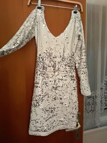 Jednom ovucena haljina velicina S, bershka - Batocina