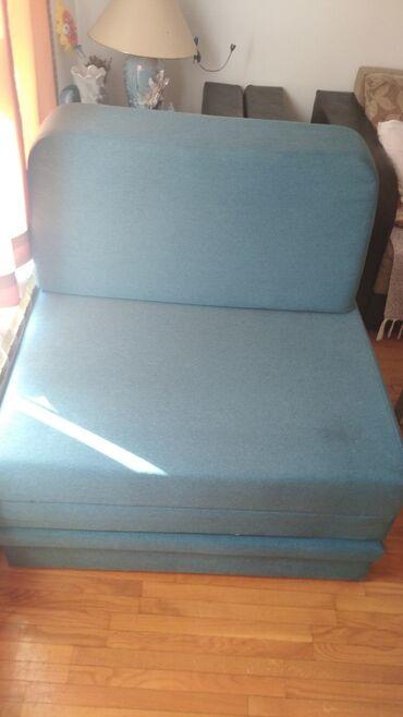 Fotelja . razvlaci se u krevet 190*90