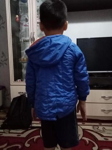 велосипед для мальчика 3 лет в Кыргызстан: Отдам даром.  Детская курточка на мальчика 2-3 лет