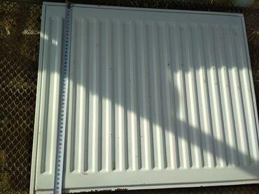 Другая сантехника - Джалал-Абад: Радиаторы Прадо бу из России стальные 4шт 1шт 500*600За все 15000сом