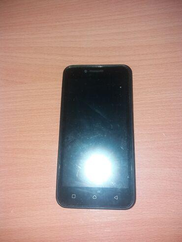 Lenovo i717 - Srbija: Prodajem  U zameni za komp Telefon odlicno radi 8 gb