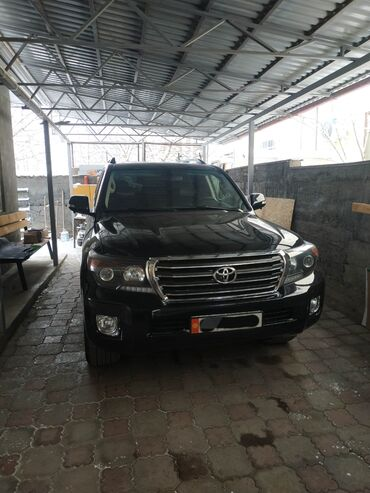 Toyota Land Cruiser 4 л. 2013 | 57000 км