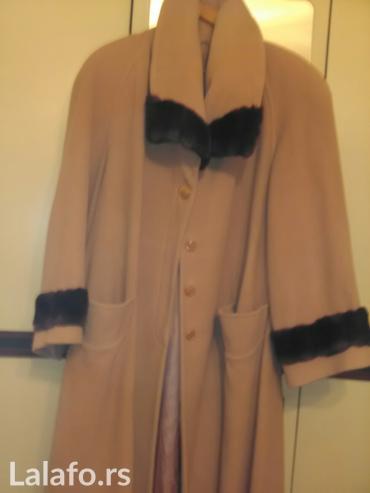 Kvalitetan dobro ocuvan malo nosen Gazu kaput za punije dame. Vredi po in Novi Sad