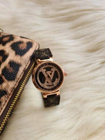 ▪️Xanimlar ucun yeni model Louis Vuitton saat⌚▪️Her Növ Saatlarin