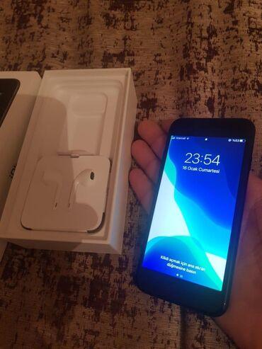 Yeni iPhone SE 64 GB Qara