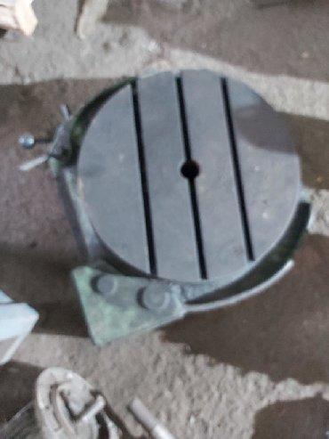 угольник стол в Кыргызстан: Продаю поворотный стол фрезерный размер диагнал 400