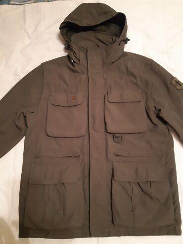Стильная европейская деми куртка-желетка Victorinoox.Цвет хаки.Размер