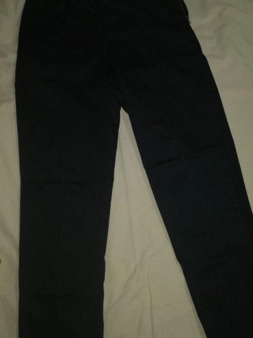 Teget 3/4 pantalone - Jagodina