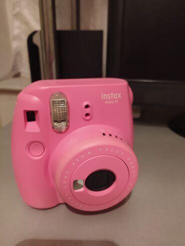 Təptəzə karobkasında ani çap fotoaparatı Fujifilm instax mini 9