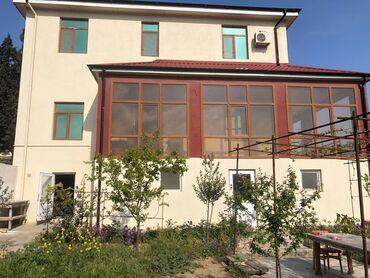 bag evi - Azərbaycan: Satılır Ev 240 kv. m, 9 otaq