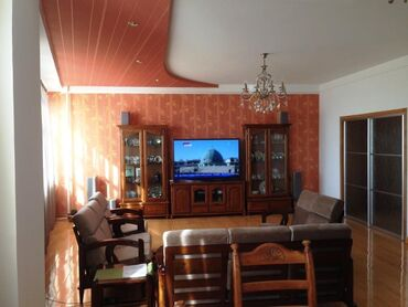 купить таунхаус в бишкеке in Кыргызстан   ОТДЫХ НА ИССЫК-КУЛЕ: Элитка, 4 комнаты, 160 кв. м Теплый пол, Бронированные двери, Лифт