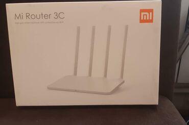 Wi fi modem xiomi router 3g. cox az istifade olunub. son giymet 40
