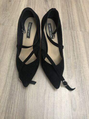 Туфли замшевые 37 размер  Состояние очень хорошее Без примерки и возвр