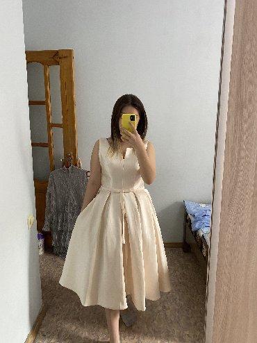 Продаётся шикарное атласное платье! Сзади корсет французская длина