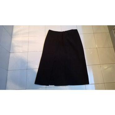 Φούστα μαύρη Facile, Made in Italy, Νο.44100% PolyesterΗ φούστα είναι
