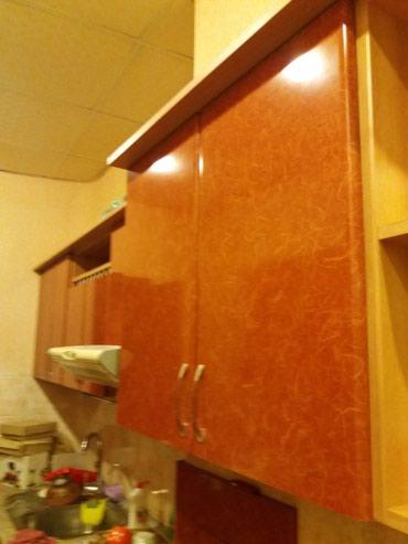 Bakı şəhərində Б/У кухонный мебель в отличном состоянии