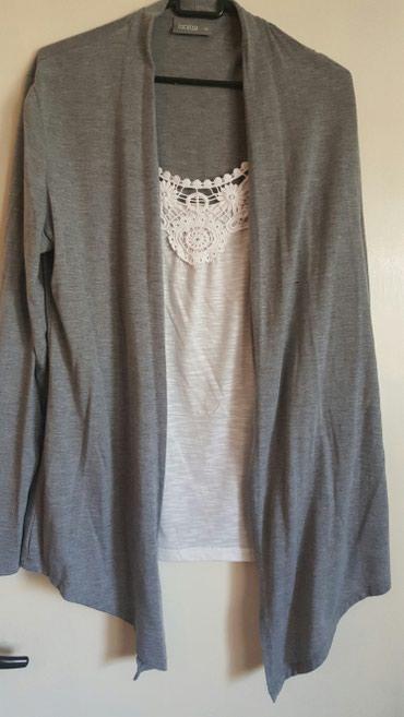 Bluza (majica je prisivena) vel.42 - Pozarevac