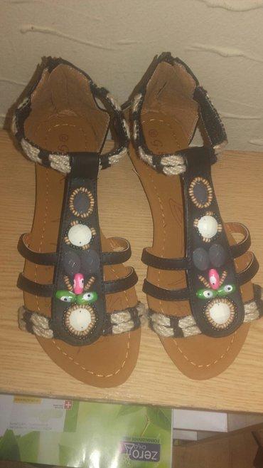 Sandale, potpuno nove, broj 39. - Kragujevac