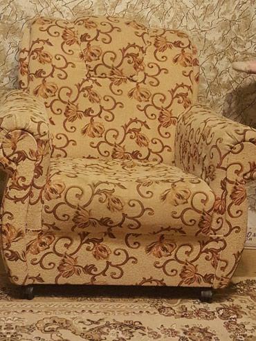 Б/у мебель диван+2 кресла в Бишкек