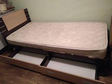 Кровать полуторка  2м* 90см,почти новая в Бишкек