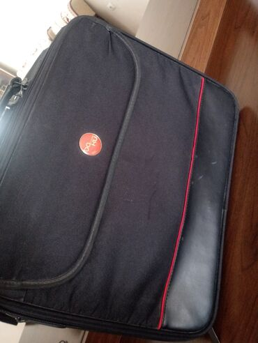 notebook alqi satqisi - Azərbaycan: Notebook çantası Diaqanalı böyükdür