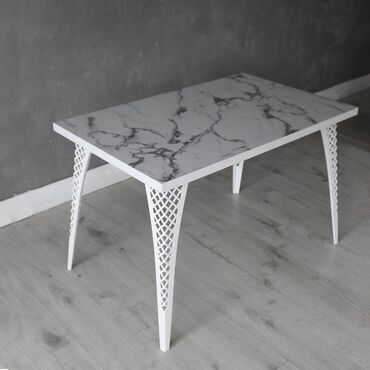 Эксклюзивная модель обеденного стола. Опоры(ножки) изготовлены из