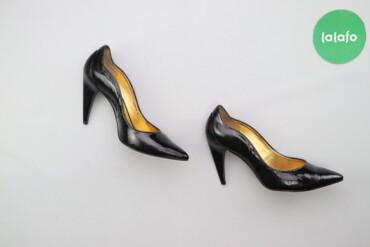 Жіночі лакові туфлі Dumond, p. 38    Висота підбора: 7 см  Стан гарний
