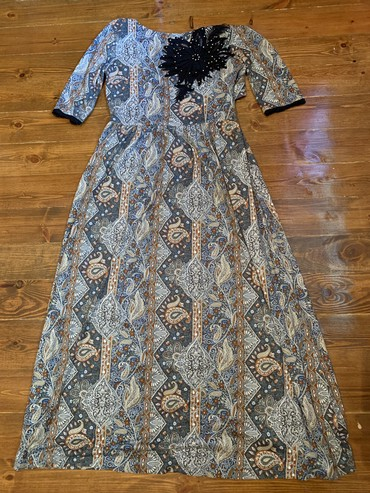 Платья - Баетов: 36 размер одевала один раз