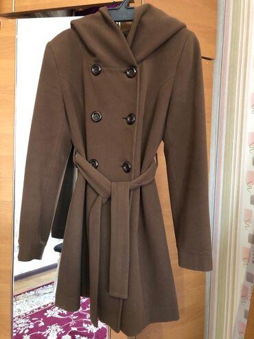 Пальто с капюшоном Турция. Качество отличное не скатывается, моделька