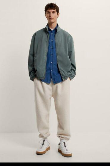 9776 объявлений: Продаю мужскую Деми куртку GAP Заказывала с Америки. Новаяно без