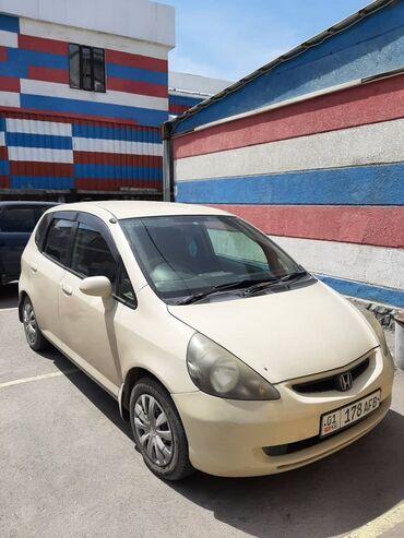 Транспорт - Бишкек: Honda Fit 1.3 л. 2004 | 5000 км