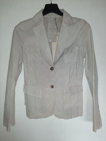 Zenska jakna - Srbija: Zenska jakna od prevrnute kože. Sa etiketom iz radnje, novo! U boji