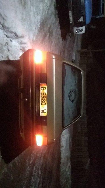 Audi в Кызыл-Суу: Audi 100 1 л. 1990