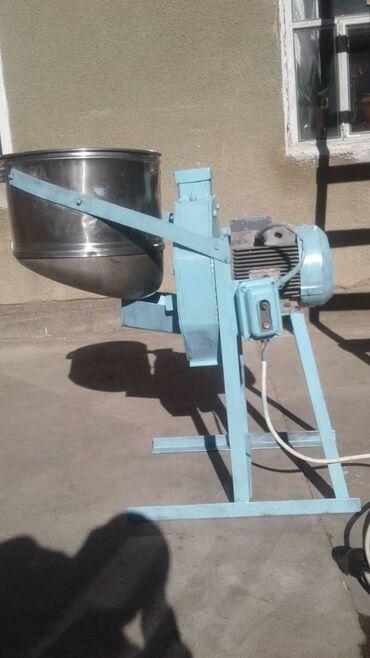 Продается дробилка для дробления ячменя пшеницы. Мотор 2880