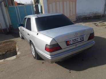 Mercedes-Benz 1993 в Ош