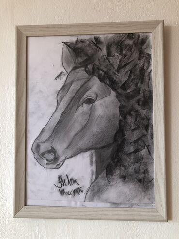 Slikarski ugalj na papiru, uramljeno. Cena: 30€ Autor: Nevena Škorić