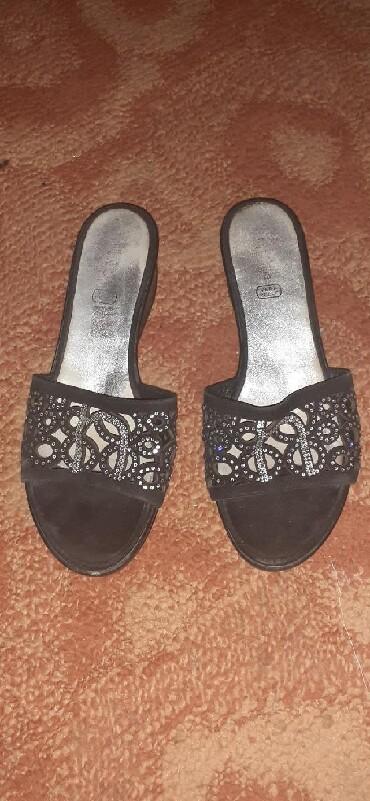 Ženska obuća | Kula: Zenske papuce, malo nosene, ocuvane. Velicina 41