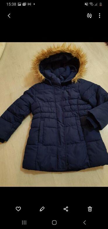 Dečija odeća i obuća - Presevo: H&M jakna 3-4 vel.bez ikakvog ostecenja tamno teget boja