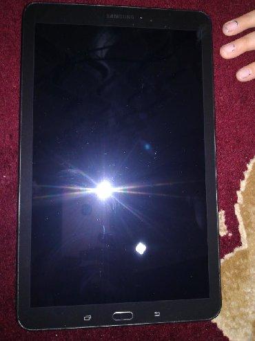 Держатели-для-планшетов-uft - Кыргызстан: Куплю дисплей для планшета Самсунг Таб Е