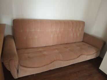 Диваны - Кыргызстан: Продаю раскладной диван в хорошем состоянии б/у. Сергей