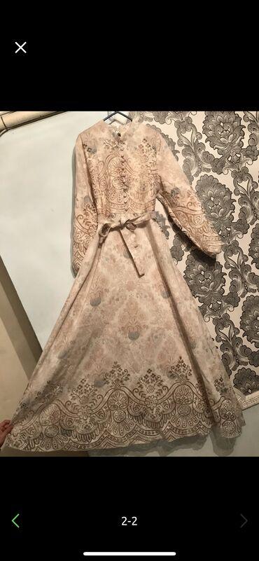 Дорогое Красивое Платье .1 раз одевали как новое 46-48 размер