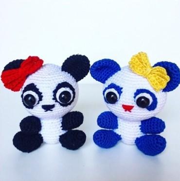 Pamucni koncani - Srbija: Heklana zvecka panda, radjena od cesljanog pamucnog konca!Dostupna u