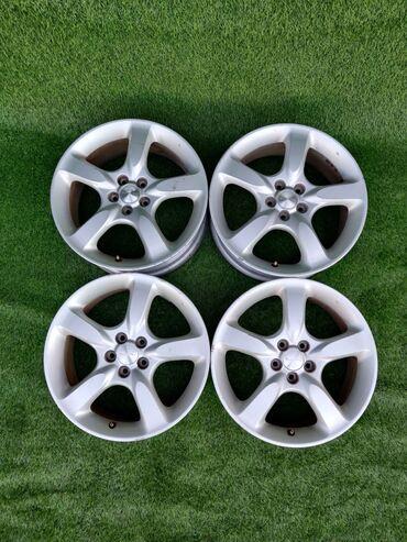 купить диски для машины в Кыргызстан: В продаже оригинальные диски Субару  Диаметр R17 Сверловка 5*100  Шир