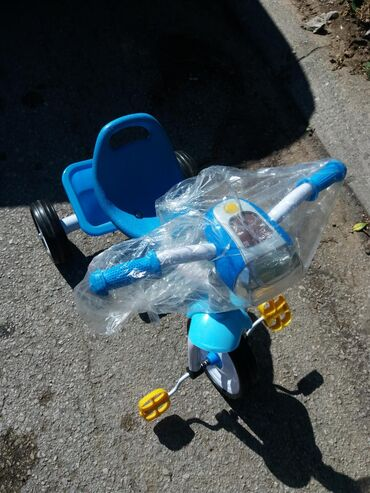 Dečiji električni automobili - Srbija: Tricikl NOVV! 2900din. 061/