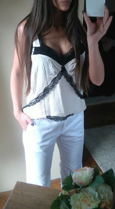 Mango bele pantalone 👑  Čisto bele boje pantalone brenda mango. Sa in Novi Sad